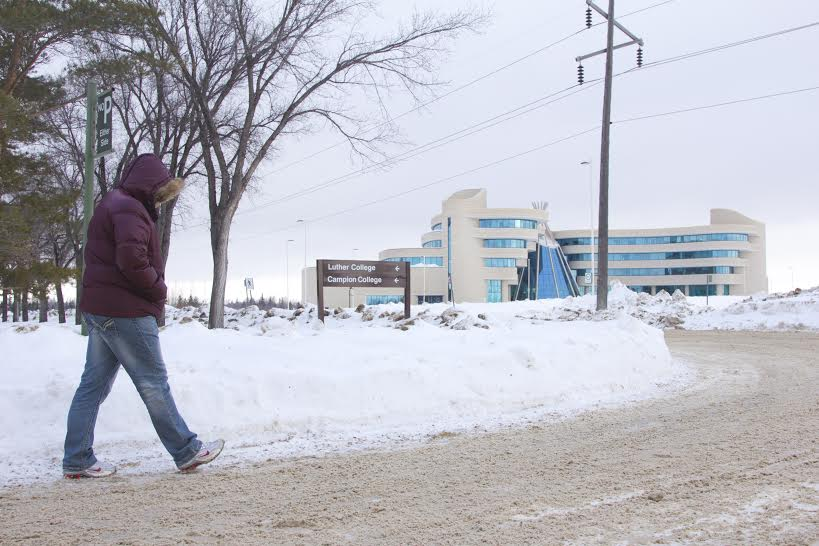 A student makes the trek from the Luther College bus stop to the FNUniv.